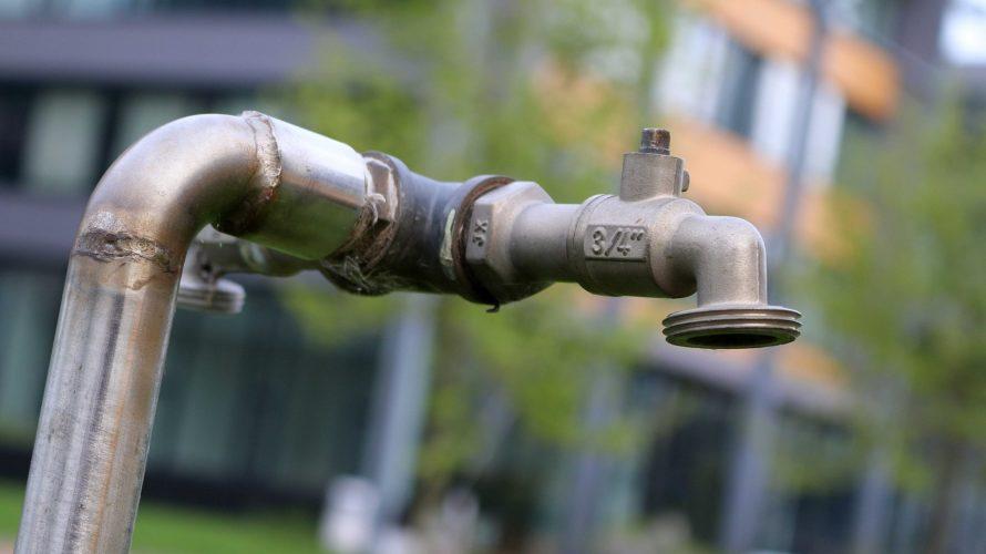 水道民営化は危険!?水道代高騰、水質汚染の恐れとは?海外の失敗結果とともに調査