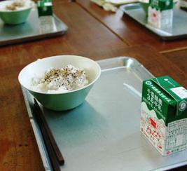 台風後の千葉の給食がひどい…いつから通常へ?全国の給食格差や海外の給食もあわせて紹介